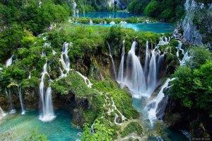 glow-waterfalls