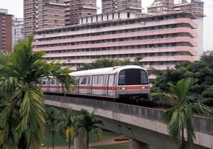 singapore-mrt-train